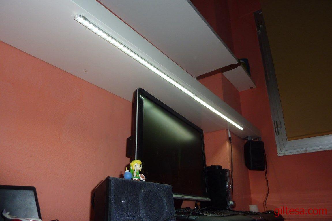 Iluminaci n led para escritorio 2 tiras de leds con - Iluminacion tiras led ...
